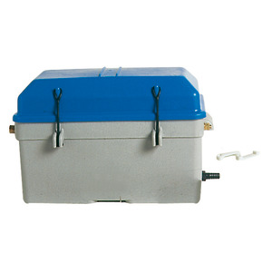 Battery box, watertight with ventilation