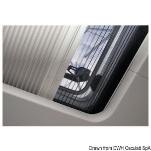 Tenda oscurante e zanzariera a plissé OCEANAIR SkyScreen Pleated – installate in superficie