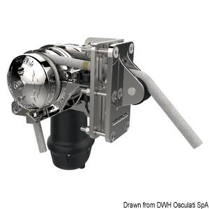 LEWMAR S900 & S2000 stern windlass title=